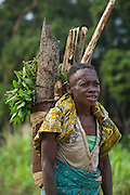 Woman & traditional basket<br /> Republic of Congo (Congo - Brazzaville)<br /> AFRICA