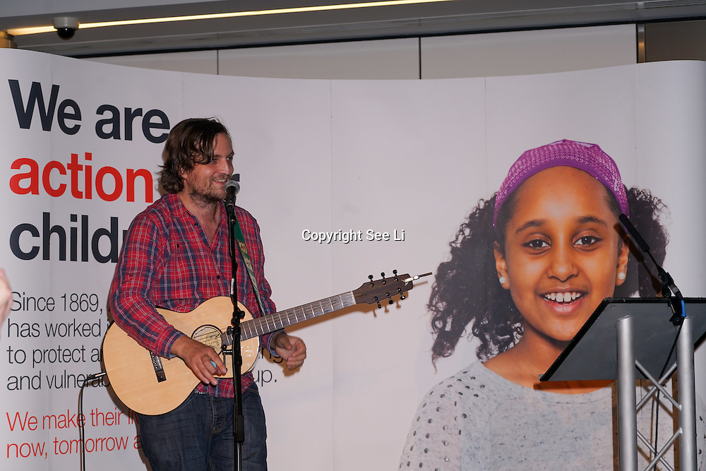 London, UK. 7th October, 2016. Singer James Walsh preforms at Byte Night 2016 - Action for Children to tackle youth homelessness in London at Norton Rose Fulbright, 3 More London Riverside, London, UK. Photo by See Li
