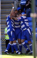 Fotball<br /> 07.08.2004<br /> Foto: SBI/Digitalsport<br /> NORWAY ONLY<br /> <br /> Date: 07/08/2004.<br /> Reading v Brighton and Hove Albion Coca Cola Championship.<br /> <br /> Nicky Forster is congratulated after he scored Reading's third goal.