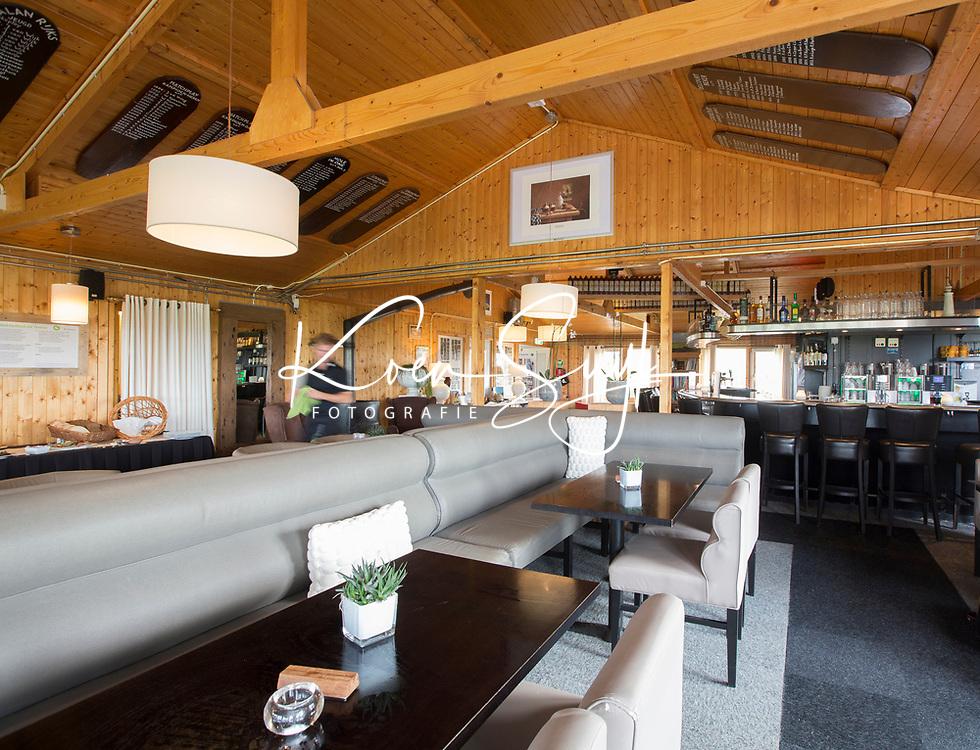 TEXEL - De Cocksdorp.  - interieur clubhuis 't Hanenhuus.   Golfbaan De Texelse. COPYRIGHT KOEN SUYK