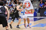 DESCRIZIONE : Campionato 2014/15 Dinamo Banco di Sardegna Sassari - Dolomiti Energia Aquila Trento Playoff Quarti di Finale Gara4<br /> GIOCATORE : David Logan<br /> CATEGORIA : Palleggio<br /> SQUADRA : Dinamo Banco di Sardegna Sassari<br /> EVENTO : LegaBasket Serie A Beko 2014/2015 Playoff Quarti di Finale Gara4<br /> GARA : Dinamo Banco di Sardegna Sassari - Dolomiti Energia Aquila Trento Gara4<br /> DATA : 24/05/2015<br /> SPORT : Pallacanestro <br /> AUTORE : Agenzia Ciamillo-Castoria/L.Canu