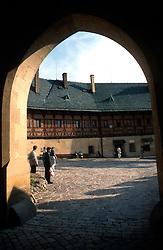 CZECH REPUBLIC BOHEMIA KARLSTEJN JUL96 - A gateway in the court of Karlstejn castle. ..jre/Photo by Jiri Rezac. . © Jiri Rezac 1996. . Tel:   +44 (0) 7050 110 417. Email: jiri@jirirezac.com. Web:   www.jirirezac.com