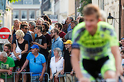 In Utrecht vindt met de presentatie van de renners het eerste officiële deel plaats van de Grand Depart. Op 4 juli start de Tour de France in Utrecht met een tijdrit. De dag daarna vertrekken de wielrenners vanuit de Domstad richting Zeeland. Het is voor het eerst dat de Tour in Utrecht start.<br /> <br /> In Utrecht the riders present themselves as the first official moment of the Grand Depart . On July 4 the Tour de France starts in Utrecht with a time trial. The next day the riders depart from the cathedral city direction Zealand. It is the first time that the Tour starts in Utrecht.