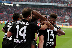 LEVERKUSEN, Sept. 25, 2017  Players of Leverkusen celebrate after scoring during the Bundesliga match between Bayer 04 Leverkusen and Hamburger SV at BayArena on Sept. 24, 2017. Bayer 04 Leverkusen won 3-0. (Credit Image: © Joachim Bywaletz/Xinhua via ZUMA Wire)