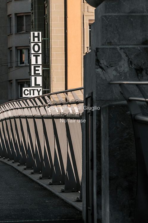 Suisse, Canton de Vaud, Région du Léman, Lausanne, sur le Pont Charles Bessières // Switzerland, Canton of Vaud, region of Leman, Lausanne, on Charles Bessieres bridge