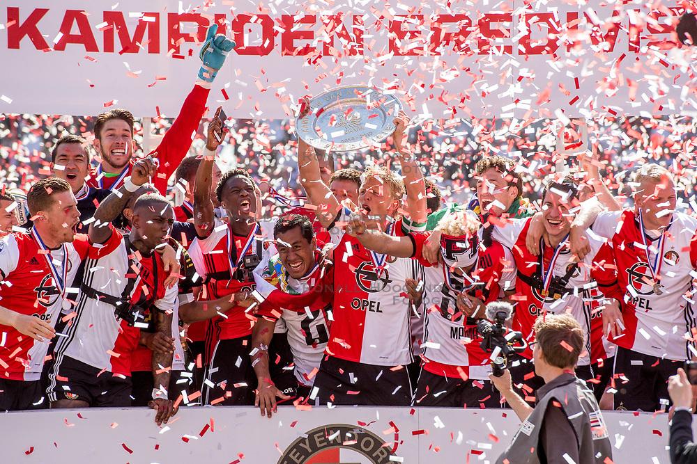 14-05-2017 NED: Kampioenswedstrijd Feyenoord - Heracles Almelo, Rotterdam<br /> In een uitverkochte Kuip pakt Feyenoord met een 3-0 overwinning het landskampioenschap