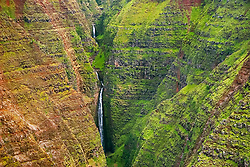 Waterfalls, Waimea Canyon, the 'Grand Canyon of the Pacific Ocean', approximately one mile wide and ten miles long, more than 3,500 feet deep, State Park, Kauai, Hawaii