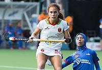 BRUXELLES (Belgium) -   Begona GARCIA (SPA)  with Norfaiezah MOHD SAIUTI (Mal.)   during Hockey World League women (semi final competition)  SPAIN v MALAYSIA .  COPYRIGHT KOEN SUYK