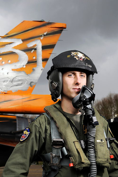 """Kleine Brogel, Belgium 14 March 2008<br /> 31 Tiger squadron of the Belgian Air Force. Pilot's name: """"Fridge"""".<br /> The primary task of the squadron is taking out ground targets by 'dumb' unguided bombs or by precision bombardments, this during day and night.<br /> Also a great part of training is dedicated to """"air-to-air engagements"""" (intercepting / destroying of hostile aircraft), to be able to operate under every conflict-scenario.<br /> Photo: Ezequiel Scagnetti"""
