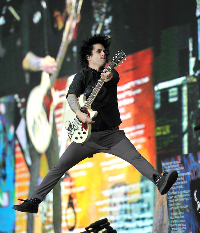 Green Day Billie Joe Armstrong, live at Wembly Stadium <br /> Pix Dave Nelson