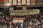 DESCRIZIONE : Caserta Lega A 2014-15 Pasta Reggia Caserta Giorgio Tesi Group Pistoia<br /> GIOCATORE : striscione tifosi Pasta Reggia Caserta<br /> CATEGORIA : tifosi striscione<br /> SQUADRA :  Pasta Reggia Caserta<br /> EVENTO : Campionato Lega A 2014-2015<br /> GARA : Pasta Reggia Caserta Giorgio Tesi Group Pistoia<br /> DATA : 02/11/2014<br /> SPORT : Pallacanestro <br /> AUTORE : Agenzia Ciamillo-Castoria/A. De Lise<br /> Galleria : Lega Basket A 2014-2015 <br /> Fotonotizia : Caserta Lega A 2014-15 Pasta Reggia Caserta Giorgio Tesi Group Pistoia