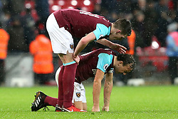 4 January 2018 - Premier League Football - Tottenham Hotspur v West Ham United - Declan Rice of West Ham claps Mark Noble of West Ham on the back at full time as Noble suffers with an injury - Photo: Charlotte Wilson / Offside