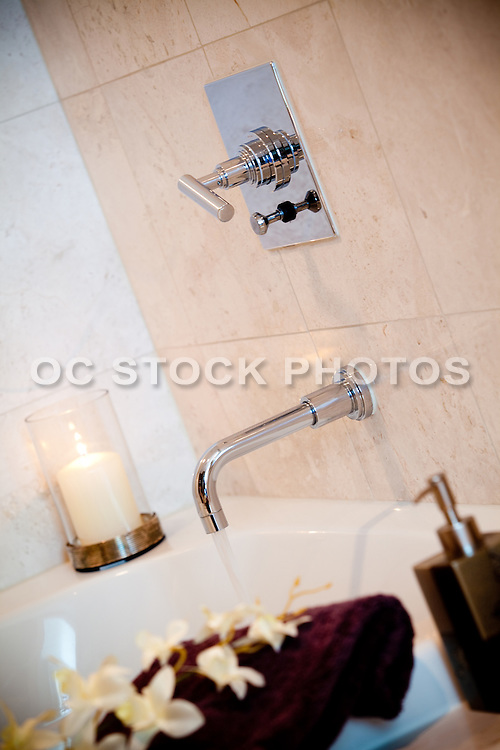 Bathtub And Faucet