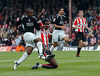 Photo: Kevin Poolman.<br /> Brentford v Swansea City. Coca Cola League 1, Play off Semi Final. 14/05/2006. Leon Knight scores his 2nd goal to make it 2-0.