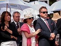 19.07.2015 Giby woj podlaskie Obchody 70. rocznicy Oblawy Augustowskiej - najwiekszej zbrodni w powojennej Polsce przy krzyzu w Gibach , ktory jest symbolicznym grobem ofiar . W lipcu 1945 roku Sowieci uprowadzili okolo 600 mieszkancow Augustowszczyzny , Sejnenszczyzny i Suwalszczyzny . Do tej pory nie wiadomo, gdzie znajduja sie ich groby . Sledztwo w tej sprawie trwa od 2001 roku . Akta licza juz ponad 70 tomow zas rozwiazaniem zagadki zajmuje sie zespol prokuratorow IPN , ktorzy przesluchali do tej pory ponad 700 swiadkow n/z podlaska posel PO Bozena Kaminska oraz podlaski posel PiS Jaroslaw Zielinski z zona Lilianna ( C )  fot Michal Kosc / AGENCJA WSCHOD