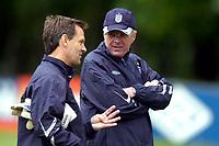 Photo: Richard Lane.<br />England Training Session. 22/05/2006.<br />Sven Goran Eriksson (R) talks with his goalkeeping coach.