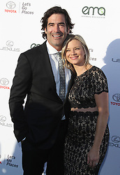 27th Annual EMA Awards - Santa Monica. 23 Sep 2017 Pictured: Amy Smart, Carter Oosterhouse. Photo credit: Jaxon / MEGA TheMegaAgency.com +1 888 505 6342
