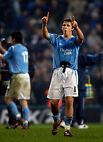 Photo: Jed Wee.<br /> Manchester City v Aston Villa. The FA Cup. 14/03/2006.<br /> <br /> Manchester City's Joey Barton reminds the Aston Villa fans of the score at the end of the match.
