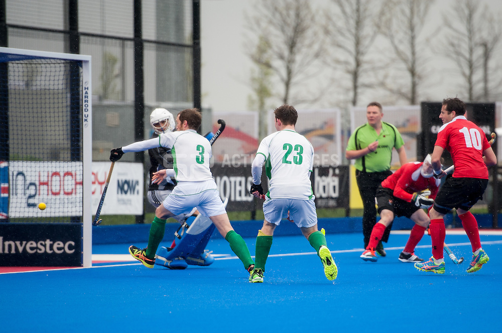 Holcombe defend a penalty corner. Canterbury v Holcombe - Now: Pensions Finals Weekend, Lee Valley Hockey & Tennis Centre, London, UK on 11 April 2015. Photo: Simon Parker