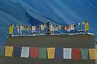 Inde - Province de l'Himachal Pradesh - Vallée du Spiti - Monastère bouddhiste de Tabo - Drapeau de prière