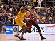DESCRIZIONE : Torino Manital Auxilium Torino EA7 Emporio Armani Olimpia Milano<br /> GIOCATORE : Andrea Cinciarini<br /> CATEGORIA : palleggio<br /> SQUADRA : EA7 Emporio Armani Olimpia Milano<br /> EVENTO : Campionato Lega A 2015-2016<br /> GARA : Manital Auxilium Torino EA7 Emporio Armani Olimpia Milano<br /> DATA : 15/11/2015 <br /> SPORT : Pallacanestro <br /> AUTORE : Agenzia Ciamillo-Castoria/R.Morgano<br /> Galleria : Lega Basket A 2015-2016<br /> Fotonotizia : Torino Manital Auxilium Torino EA7 Emporio Armani Olimpia Milano<br /> Predefinita :