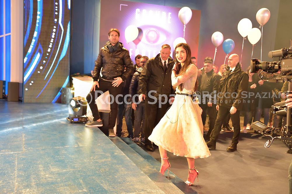 Ambra Lombardo. Entrata dei concorrenti nella casa del Grande Fratello a Cinecitta  .Canale  5 ,Roma.8 Aprile 2019