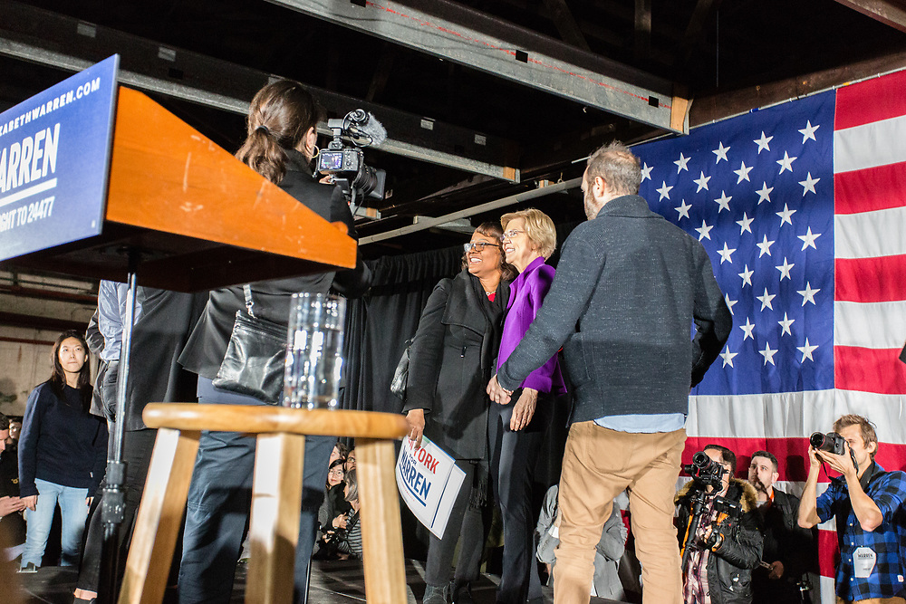 Long Island City, NY – 8 March 2019. Massachusetts Senator and Democratic Presidential candidate Elizabeth Warren drew an enthusiastic crowd at an organizing rally for her 2020 presidential campaign in Long Island City. After Warren's speech and a question and answer period, supporters were invited to the stage to  have their pictures taken with Warren.