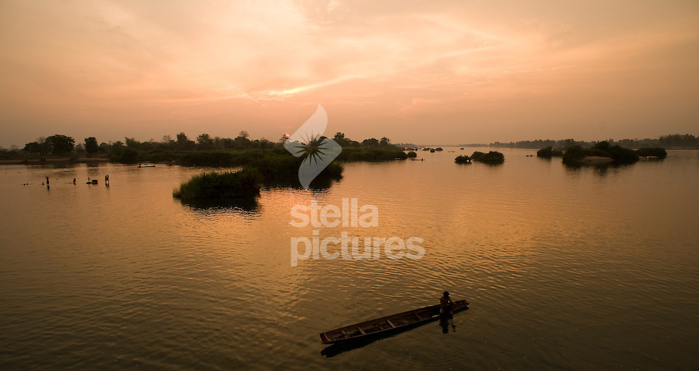 Picture by Daniel Hambury. .13/3/11..The sun sets over the Mekong on Don Det, Four Thousands Islands, Laos.