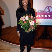 "NLD/Huizen/20061206 - Presentatie Unicef CD "" Women Only - Unite for Childeren "", Raffaela Paton"