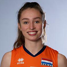 20200223 NED: Photoshoot selection of Orange Young Girls, Arnhem