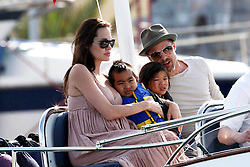 Please hide children's faces prior to the publication - Angelina Jolie and Brad Pitt with Maddox and Pax take Paul Allen's boat 'Tatoosh' for sunny afternoon in Monte Carlo, Monaco on May 13, 2008. Photo by ABACAPRESS.COM