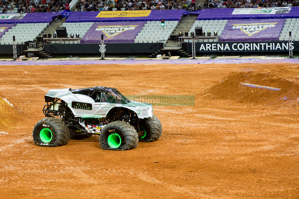 December 16, 2017 - Sao Paulo, Sao Paulo, Brazil - Alien Ivasion lands after a jump during a round of racing. Monster Jam was held at Corinthians Stadium, in Sao Paulo, Brazil. (Credit Image: © Paulo Lopes via ZUMA Wire)