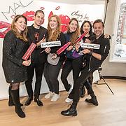 NLD/Amsterdam/20191128 - BN'ers zetten zich in voor World Aids Day, Mac Workshop make up