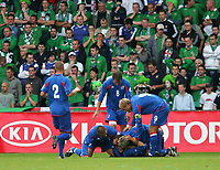 Photo: Andrew Unwin.<br />Northern Ireland v Iceland. European Championships 2008 Qualifying. 02/09/2006.<br />Iceland celebrate their second goal.