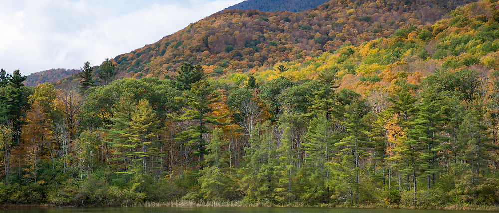 The Fall colours at picturesque and spectacular The Equinox Mountain and Pond in Manchester, Vermont, USA