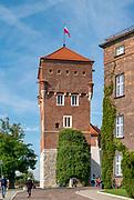 Kraków 2019-09-10. XIV-wieczna Baszta Zlodziejska, zamek królewski na Wawelu<br /> The Thieves' Tower, Wawel castle, Cracow, Poland