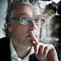 Nederland,Amsterdam ,21 januari 2008..Jan de Roos, bestuursvoorzitter van NDC|VBK tijdens de lunch in restaurant Vis aan de Schelde.