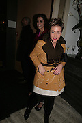 JAIME WINSTONE, Party hosted by Larry Gagosian at Nobu, Berkeley St. London. 9 October 2007. -DO NOT ARCHIVE-© Copyright Photograph by Dafydd Jones. 248 Clapham Rd. London SW9 0PZ. Tel 0207 820 0771. www.dafjones.com.