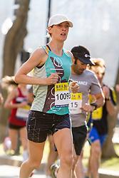 Boston Marathon: BAA 5K road race, Oiselle, Sarah Robinson
