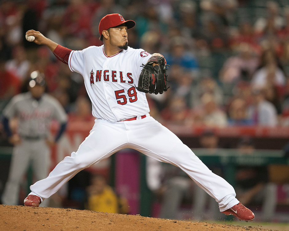 ///ADDITIONAL INFO:   <br /> <br /> angels.0531.kjs  ---  Photo by KEVIN SULLIVAN / Orange County Register  -- 5/31/16<br /> <br /> The Los Angeles Angels take on the Detroit Tigers Tuesday at Angel Stadium.