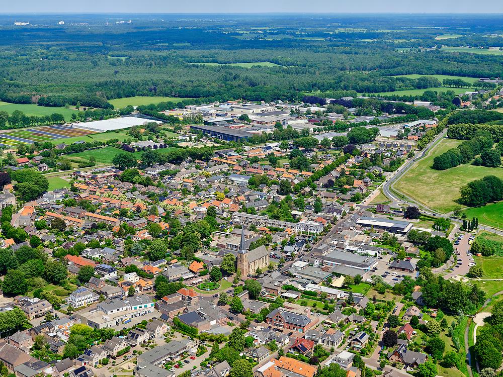 Nederland, Gelderland, GemeenteBronckhorst, 21–06-2020; Vorden, dorpsgezicht.<br /> <br /> luchtfoto (toeslag op standaard tarieven);<br /> aerial photo (additional fee required)<br /> copyright © 2020 foto/photo Siebe Swart