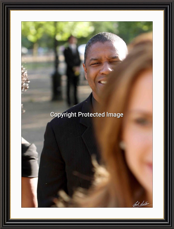 Denzel Washington at Nelson Mandelas Birthday in hyde park A3 Museum-quality Archival signed Framed Print
