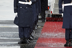 November 18, 2016 - Berlin, Germany - The guard of honour marches on a puddle prior to the departure of US President Barack Obama on the side of the red carpet at Tegel airport in Berlin, Germany on November 18, 2016. (Credit Image: © Emmanuele Contini/NurPhoto via ZUMA Press)
