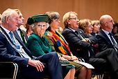 Prinses Beatrix aanwezig bij viering 30 jaar kinderrechten