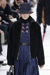 February 26, 2019 - Paris, France - Christian Dior. - Model On Catwalk, Woman Women, Paris Fashion Week 2019 Ready To Wear For Fall Winter, Defile, Fashion Show Runway Collection, Pret A Porter, Modelwear, Modeschau Laufsteg Autumn Herbst France.Model, Runway, Catwalk, Fashion Show, Style, Trend, Look, Outfit, (Credit Image: © FashionPPS via ZUMA Wire)