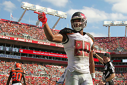 October 21, 2018 - Tampa, FL, U.S. - TAMPA, FL - OCT 21: O. J. Howard (80) of the Bucs signals first down during the regular season game between the Cleveland Browns and the Tampa Bay Buccaneers on October 21, 2018 at Raymond James Stadium in Tampa, Florida. (Photo by Cliff Welch/Icon Sportswire) (Credit Image: © Cliff Welch/Icon SMI via ZUMA Press)