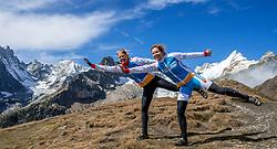 15-09-2017 ITA: BvdGF Tour du Mont Blanc day 6, Courmayeur <br /> We starten met een dalende tendens waarbij veel uitdagende paden worden verreden. Om op het dak van deze Tour te komen, de Grand Col Ferret 2537 m., staat ons een pittige klim (lopend) te wachten. Na een welverdiende afdaling bereiken we het Italiaanse bergstadje Courmayeur. Nicole, Marion