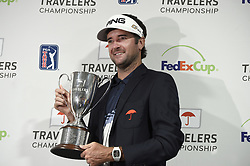 June 24, 2018 - Cromwell, CT, USA - Bubba Watson holds the Travelers Championship trophy after the final round of the Travelers Championship at TPC River Highlands in Cromwell, Conn., on Sunday, June 24, 2018. (Credit Image: © John Woike/TNS via ZUMA Wire)