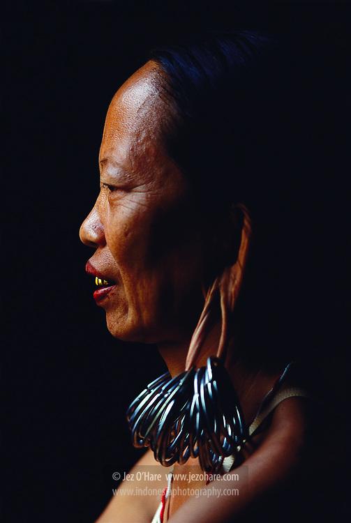 Dayak lady, Tabang, East Kalimantan, Indonesia.