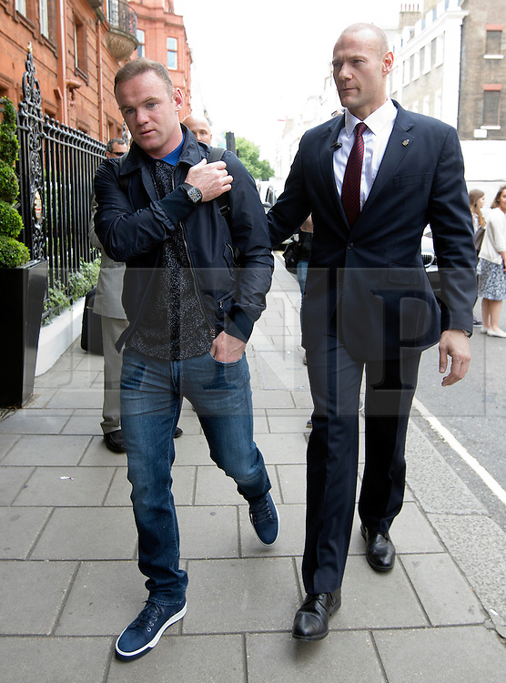 © Licensed to London News Pictures. 17/06/2015. <br /> LONDON, UK. WAYNE ROONEY leaves Claridge's hotel in central London, Wednesday 17 June 2015. Photo credit : LNP